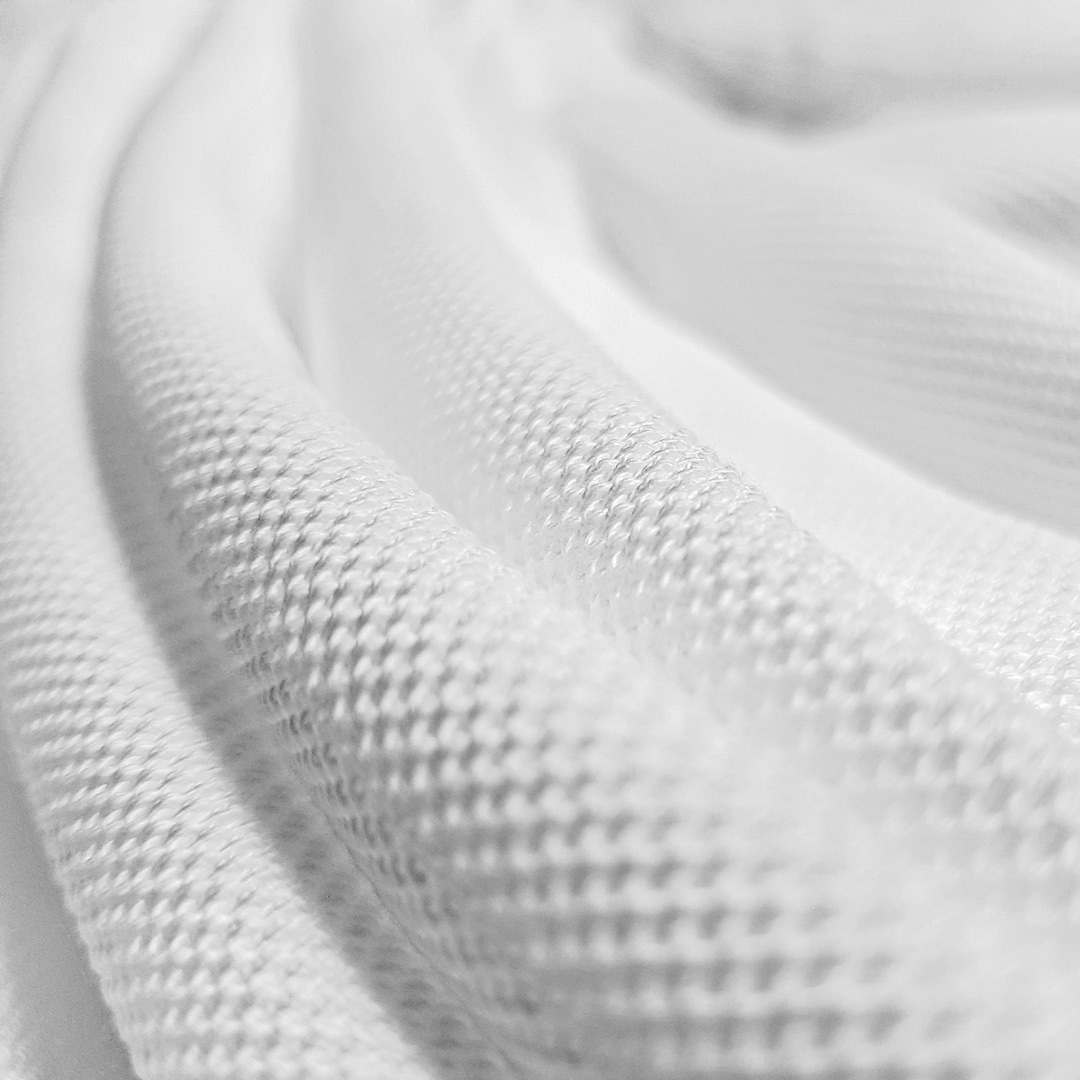 The high quality Pima cotton tissue of White Ace polo